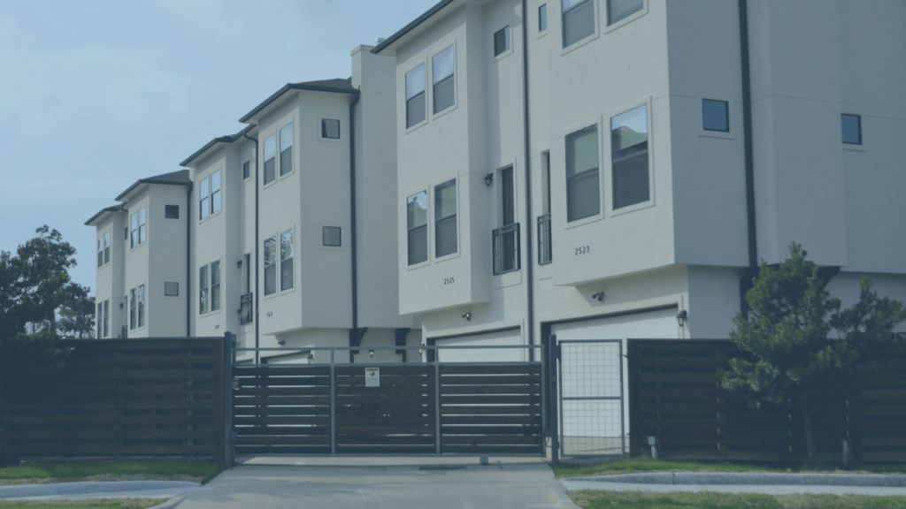 apartment building renters look for